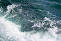 Seascape Разбивать развевает в морях Стоковое фото RF