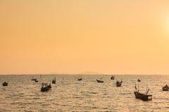 Seascape рыбацких лодок в Gulf of Thailand Стоковое Изображение RF