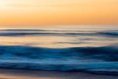 Seascape abstrato, por do sol na praia, litoral de Califórnia fotografia de stock royalty free