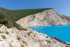 Seascape av blått vatten av den Porto Katsiki stranden, Lefkada, Ionian öar, Grekland Arkivfoton