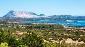 Seascape av den orientaliska kusten av Sardinia, Italien Arkivbilder