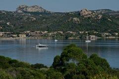Seascape av golfen för Cannigione ` s Royaltyfria Foton