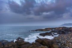Seascape de Kovalam em Trivandrum foto de stock royalty free