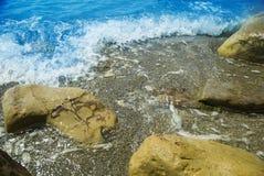 seascape denny brzeg dryluje zmierzch Seascape przy światłem słonecznym Zdjęcia Stock