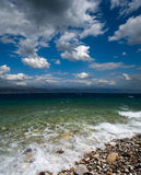 Seascape e cloudscape dramático imagens de stock