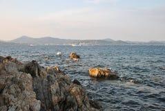 Seascape em um dia ensolarado Imagem de Stock