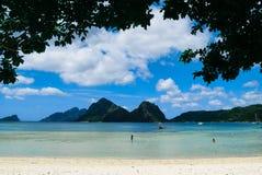 Seascape i El Nido, Palawan ö, Filippinerna royaltyfria foton