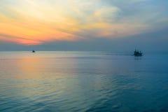 Seascape i skymning Royaltyfri Fotografi