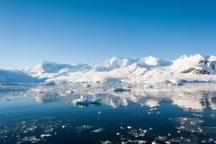 Seascape impressionante em Continente antárctico Fotos de Stock Royalty Free