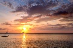 Seascape impressionante no por do sol fotografia de stock royalty free