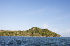 Seascape with island in background, Koh Pha Ngan, Thailand Royalty Free Stock Photos