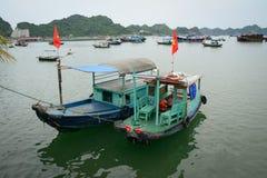Seascape kotów półdupków wyspa w Haiphong, Wietnam Obraz Royalty Free