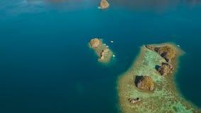 Seascape med ?ar i lagun arkivfilmer