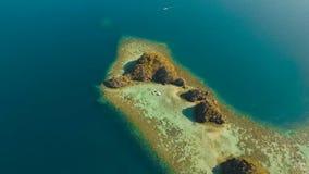 Seascape med ?ar i lagun lager videofilmer