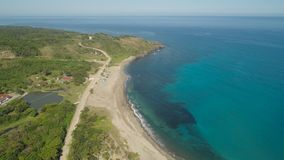 Seascape med stranden och havet Filippinerna Luzon Royaltyfri Fotografi