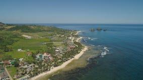 Seascape med stranden och havet Filippinerna Luzon Royaltyfri Foto