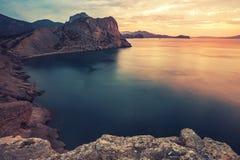 Seascape minimalista Nascer do sol litoral Imagem de Stock