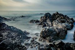 Seascape på den malvan stranden arkivbilder