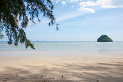 Seascape på stranden Royaltyfri Bild