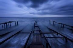 Seascape podczas zmierzchu Piękny naturalny seascape, błękitna godzina Denny zmierzch przy Czarnym Dennym wybrzeżem zdjęcie stock