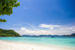 Seascape przy isIand Koralową zatoką Zdjęcia Stock