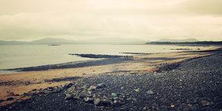 Seascape rochoso em Waterville, Kerry do condado - efeito do vintage Foto de Stock