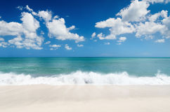 White sand beach and blue sky Royalty Free Stock Photos