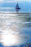 Seascape z żaglówką Fotografia Royalty Free