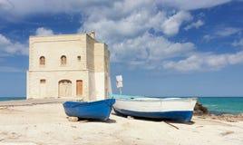 Seascapen i Apulia, Italien Arkivbilder