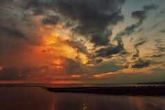 Seascapes с изумительными облаками стоковые изображения
