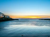 Seascapesikt i Borganes, Island arkivbilder