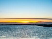 Seascapesikt i Borganes, Island fotografering för bildbyråer