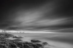 Seashore в черной & белизне Стоковые Изображения RF