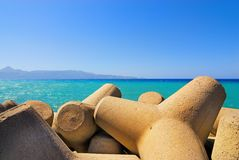 Seashore. With concrete breakwater cones Royalty Free Stock Photography