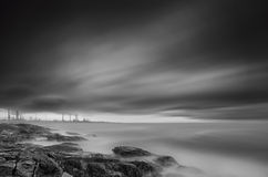 Seashore in black & white Royalty Free Stock Images