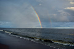 Seashore tęcza i szybki cd Zdjęcie Royalty Free