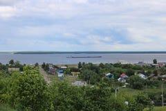Seashorebarge na rzecznym Volga Rosja obrazy stock