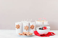 Seasonal christmas table decoration using gingerbread man and st Royalty Free Stock Photography