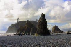 Seastacks på stranden för rubin` s, olympisk nationalpark, Washington royaltyfria foton