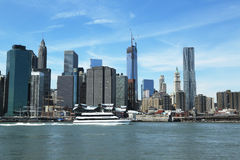 SeaStreak渡轮在更低的曼哈顿到达 免版税库存照片