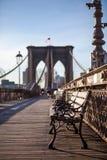 Seat auf der Brücke lizenzfreies stockbild