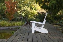 Seat de madera blanco Foto de archivo libre de regalías