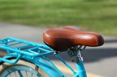 Seat et tronc d'une bicyclette de vintage photos stock