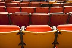 Seating театра от задней части Стоковые Изображения