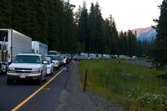 SEATTLE - 6 DE JULIO: El tráfico se para para las millas como Fotos de archivo libres de regalías