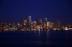 Seattle alla notte Fotografie Stock Libere da Diritti