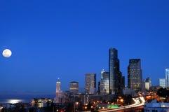 Seattle bei Moonset Stockbilder