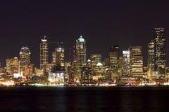 Seattle bij nacht Royalty-vrije Stock Afbeelding