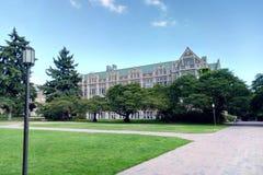 Seattle-Campus an einem sonnigen vollen Tag lizenzfreie stockbilder