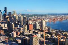 Seattle city view. With Mount Rainier in the background Stock Photos